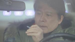 '황금빛내인생' 천호진, 딸 신혜선-서은수 얼굴 올라간 기사 내리기 '성공' 눈물겨운 부성애