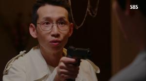 '리턴' 폭주하는 악벤져스 결말, 결국 총들고 망치들고 싸우다가…'봉태규 사망'